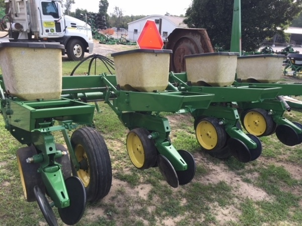 John Deere 7100 Planters For Sale Machinery Pete