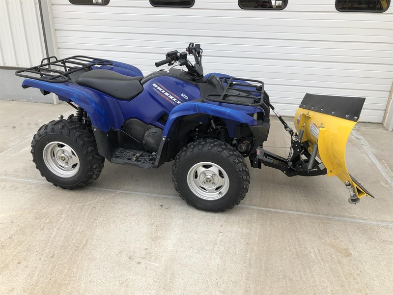 2011 Yamaha Grizzly 550 ATVs and Utility Vehicle
