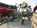 2004 John Deere 2400 Chisel Plow