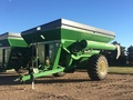 2016 Brent 882 Grain Cart