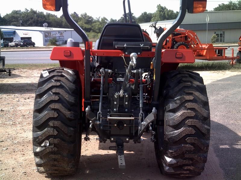 2018 Massey Ferguson 1739E Tractor