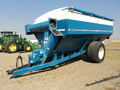 1997 Kinze 840 Grain Cart