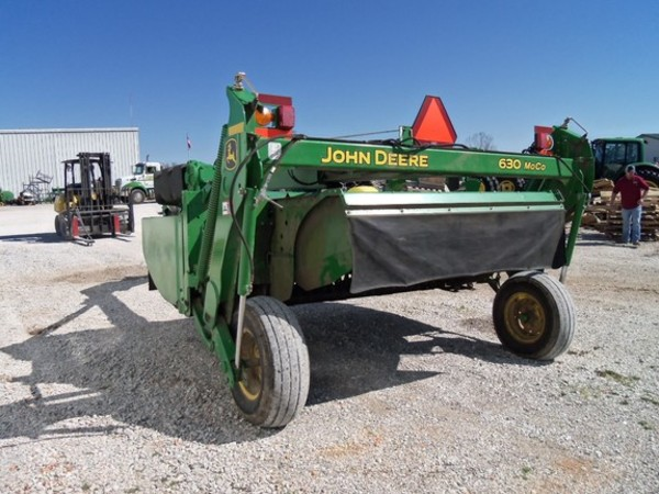 John Deere 630 Mower Conditioner