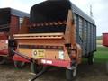 1998 Meyer 400 Forage Wagon