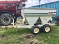 Willmar S500 Pull-Type Fertilizer Spreader