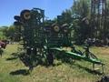 2015 John Deere 2210 Field Cultivator