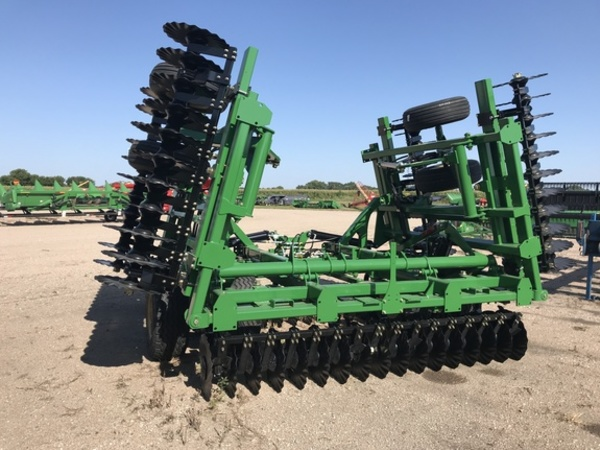 2018 Great Plains Turbo-Max 2400TM Vertical Tillage