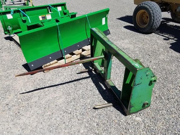 John Deere 500-700 Hay Stacking Equipment