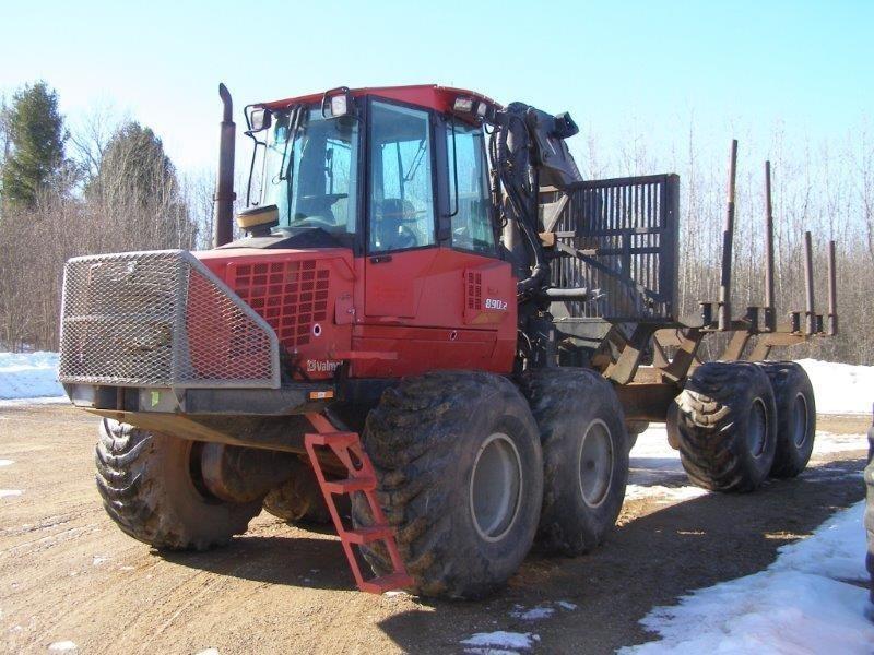 2005 Valmet 890.2 Forestry and Mining