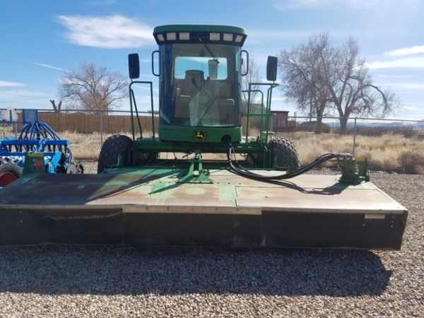 2002 John Deere 4995 Self-Propelled Windrowers and Swather