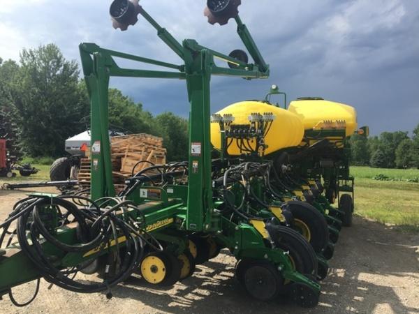 John Deere 1770nt Planters For Sale Machinery Pete