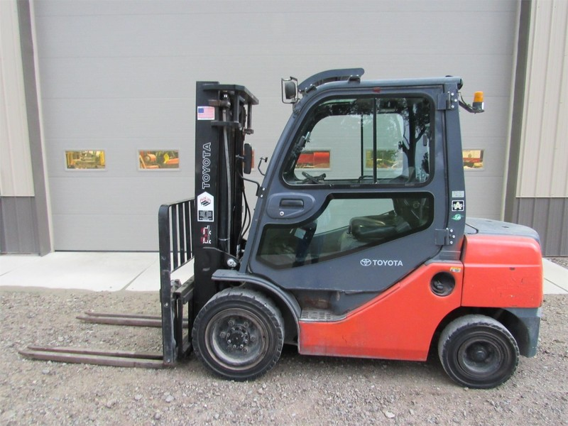 Used Toyota Forklifts for Sale | Machinery Pete