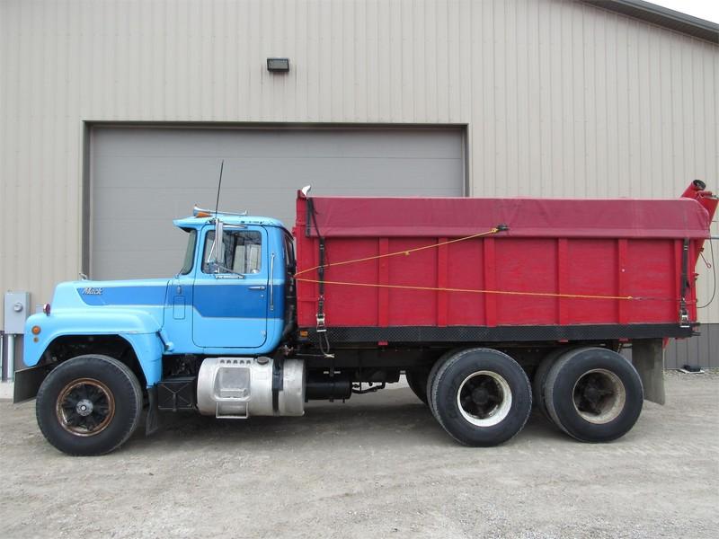 1979 Mack R686 Grain Truck Martinsville Indiana
