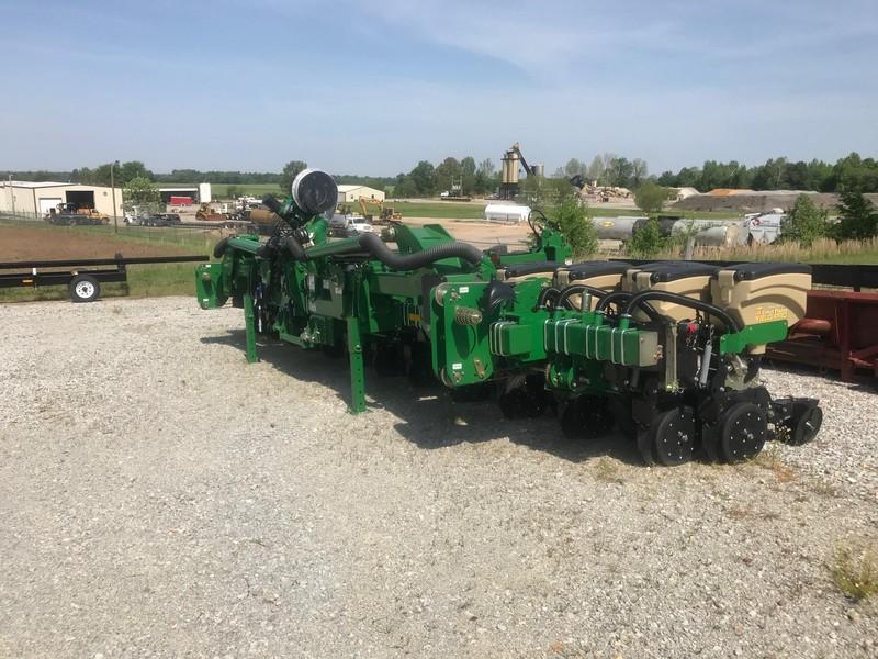 2018 Great Plains 3P3025AH Planter