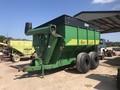 Hutchinson 700 Grain Cart