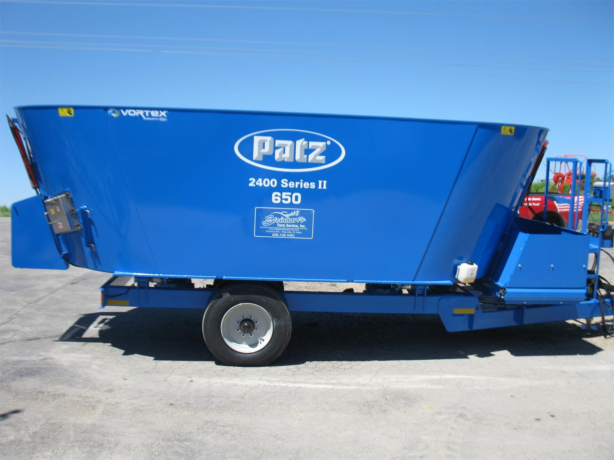 Patz 2400 II Feed Wagon