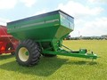 2015 Unverferth 6225 Grain Cart