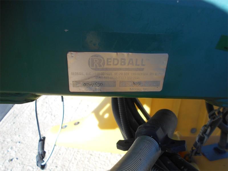 2002 Redball 420 Pull-Type Sprayer