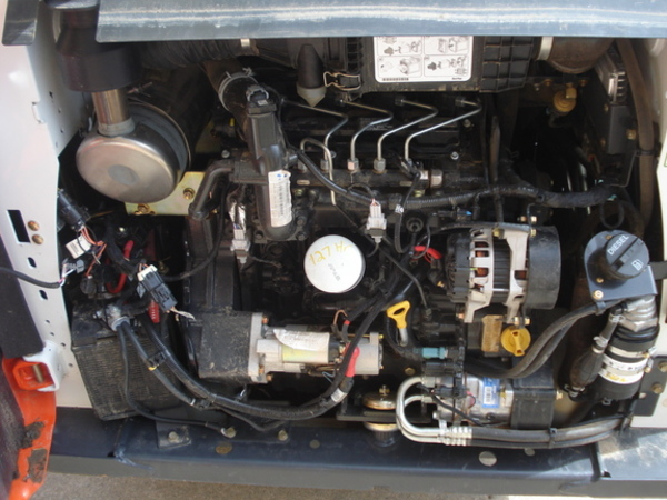 2016 Bobcat S590 Skid Steer