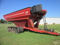 2010 J&M 1326-22S Grain Cart