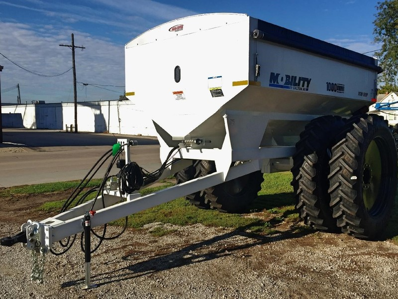 2017 Dalton Ag Products Mobility 1000 Pull-Type Fertilizer Spreader