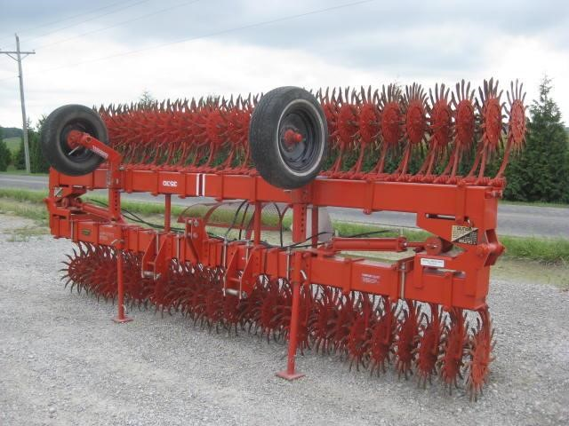 Yetter 3530 Rotary Hoe