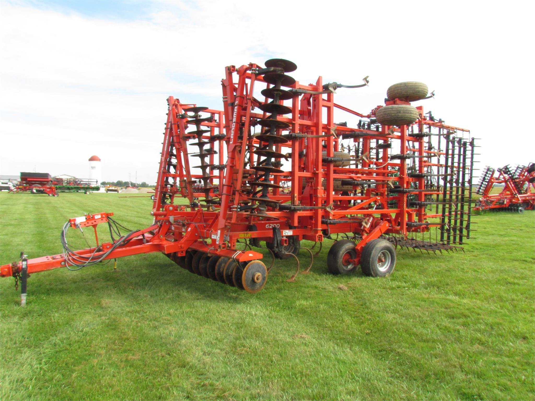 2013 Krause Landsman TL6200-45 Soil Finisher
