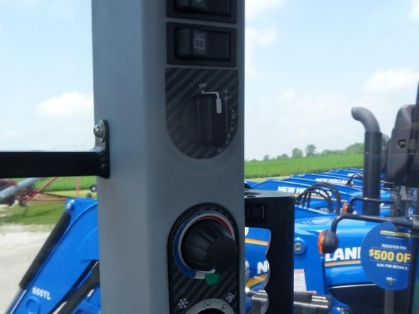 New Holland T4.75 Tractor