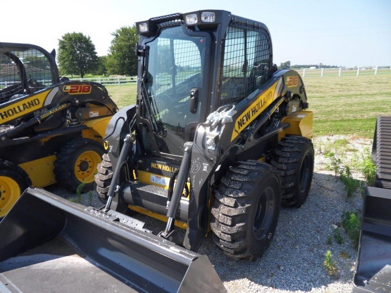 New Holland L218 Skid Steer