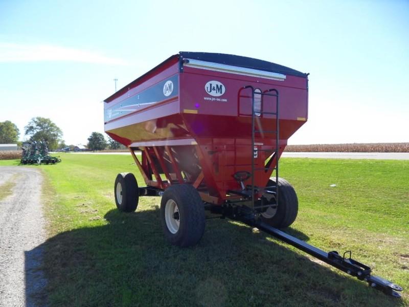 J&M 555SD Gravity Wagon