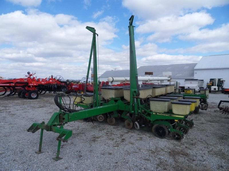 John Deere 7000 Planter Covington Ohio Machinery Pete
