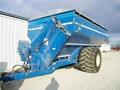 2011 Kinze 1050 Grain Cart
