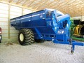 2009 Kinze 1050 Grain Cart