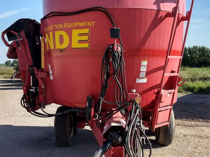 2011 NDE 1652 Grinders and Mixer