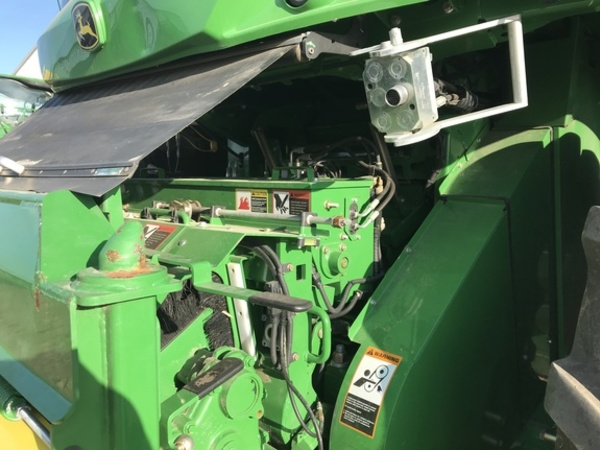 2015 John Deere 8400 Self-Propelled Forage Harvester