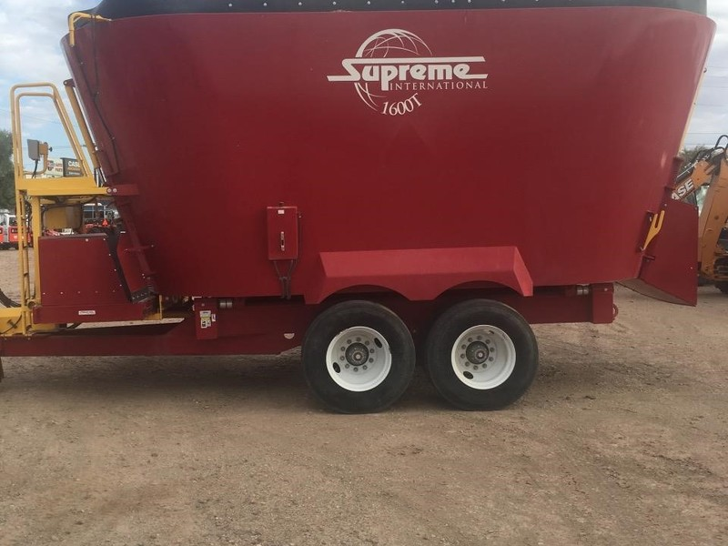 2014 Supreme International 1600T Grinders and Mixer