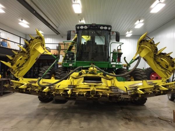 2014 John Deere 692 Forage Harvester Head
