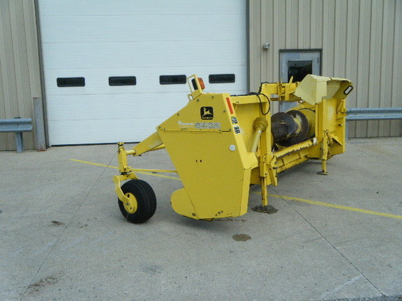 2001 John Deere 640A Forage Harvester Head