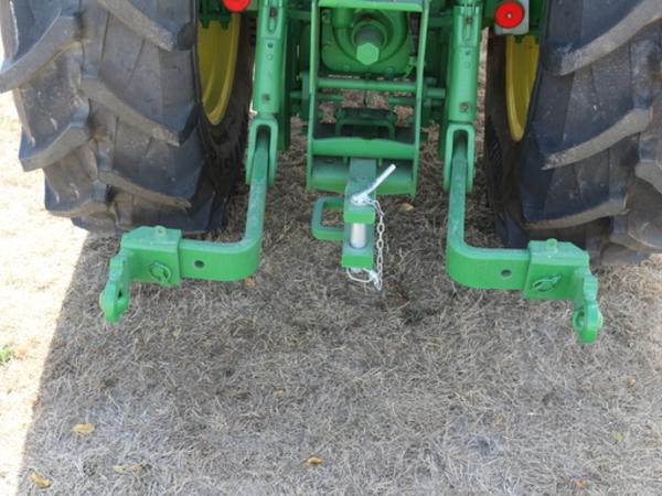 2018 John Deere 5090GN Tractor