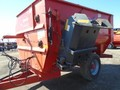 2009 Kuhn Knight 3136 Grinders and Mixer