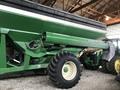 2015 Brent 882 Grain Cart