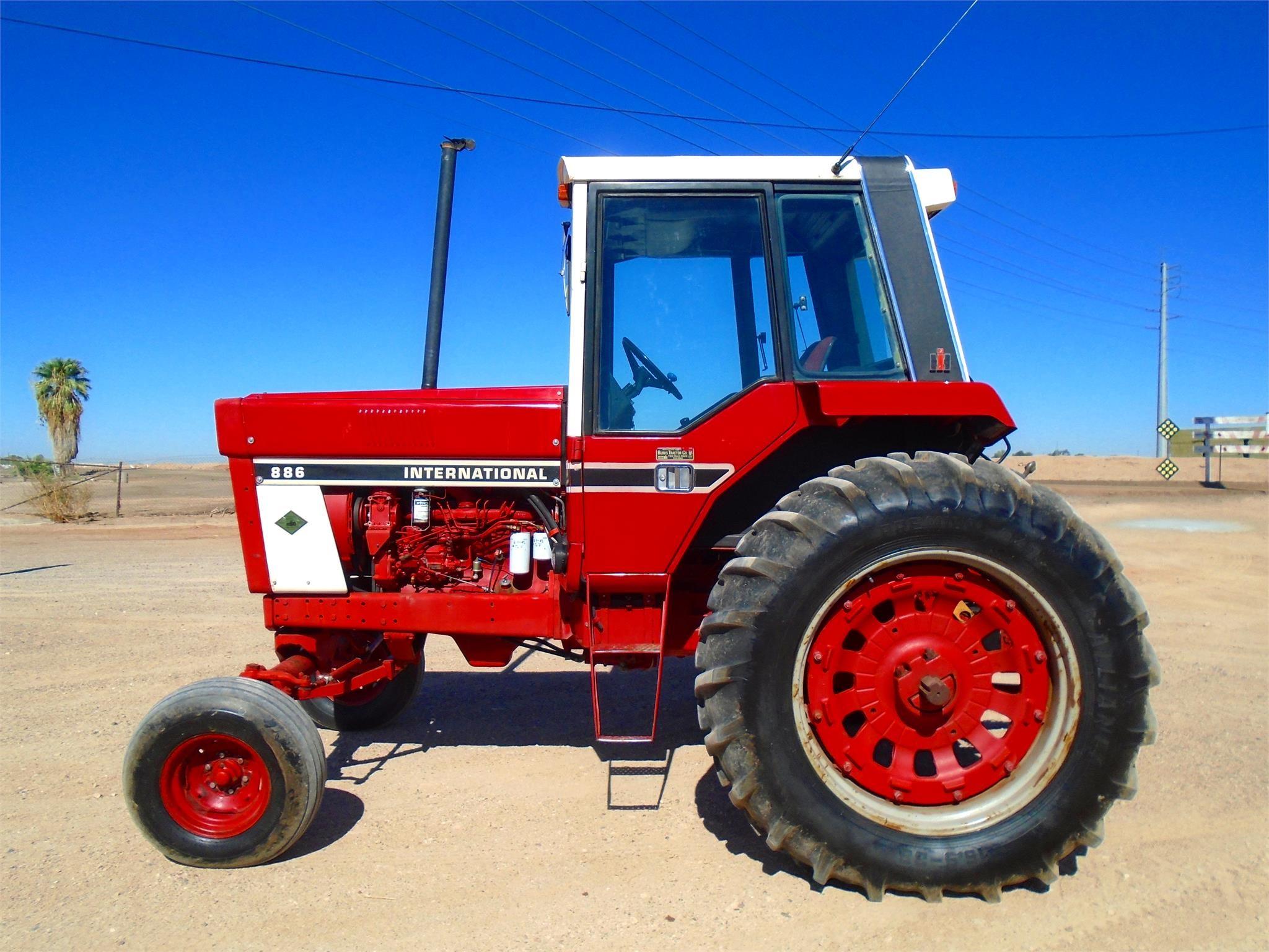 1977 International Harvester 886 Tractor