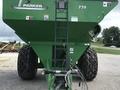 2013 Parker 739 Grain Cart