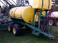 2000 Top Air 750 Pull-Type Sprayer
