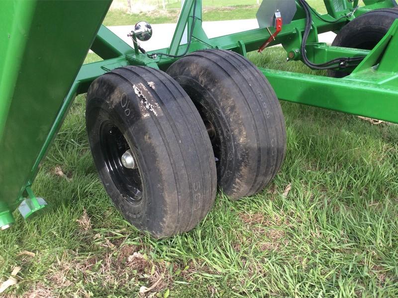 2017 Summers Manufacturing SuperRoller Land Roller