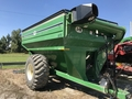 2004 J&M 875 Grain Cart