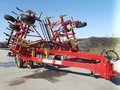 2004 Bourgault 9800 Chisel Plow