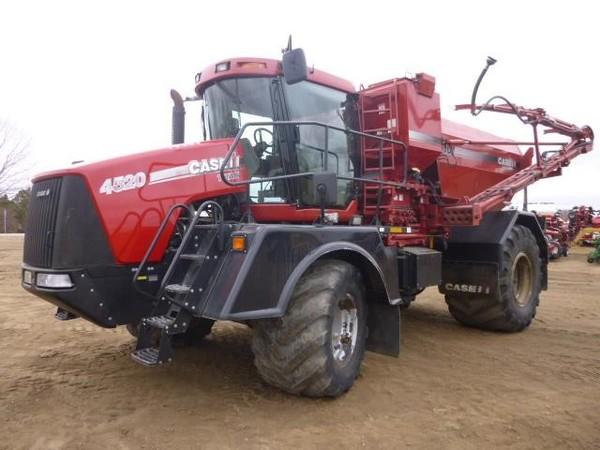 2008 Case IH Titan 4520 Self-Propelled Fertilizer Spreader