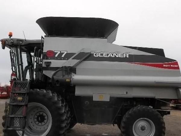 2012 Gleaner S77 Combine