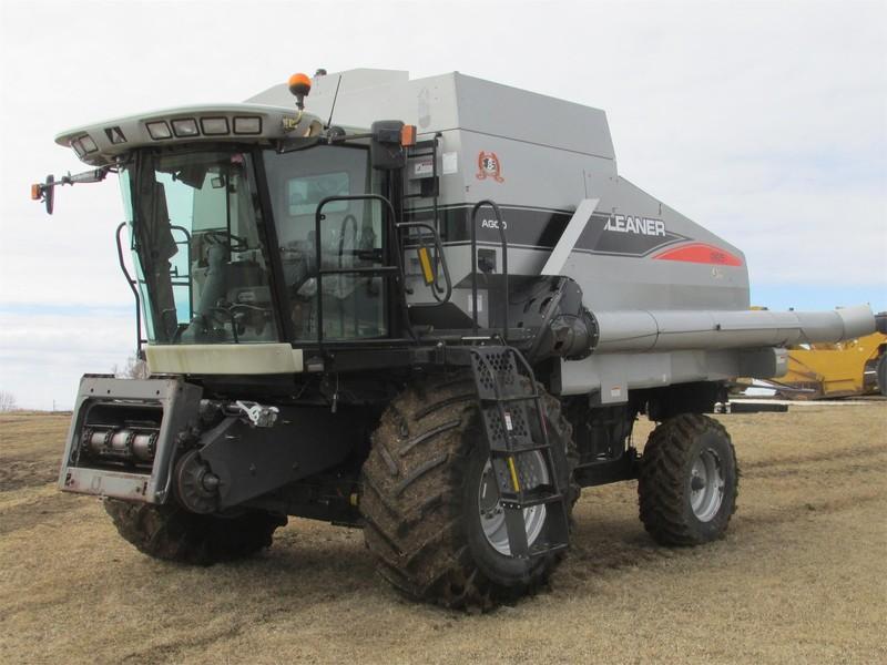 2008 Gleaner R65 Combine